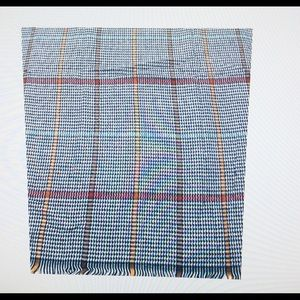 Accessories - 🧣 NWT plaid checker scarf beautiful color